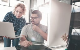 Création d'un site web : à qui s'adresser et les erreurs à ne pas commettre